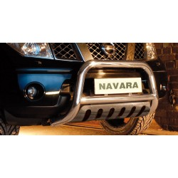 Pare-buffle avec plaque de protection Nissan Navara V6 (2010-2015)