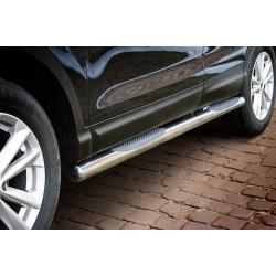 Marchepieds Nissan Qashqai (2013-) - Latéraux avec revêtement en plastique anti-dérapant -